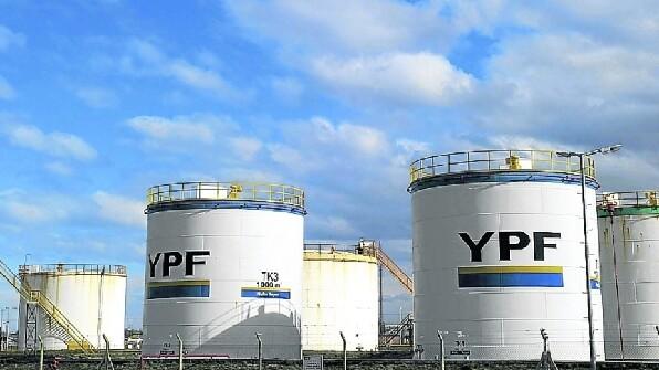 YPF anunció que invertirá más de 340 millones de dólares en Santa Cruz