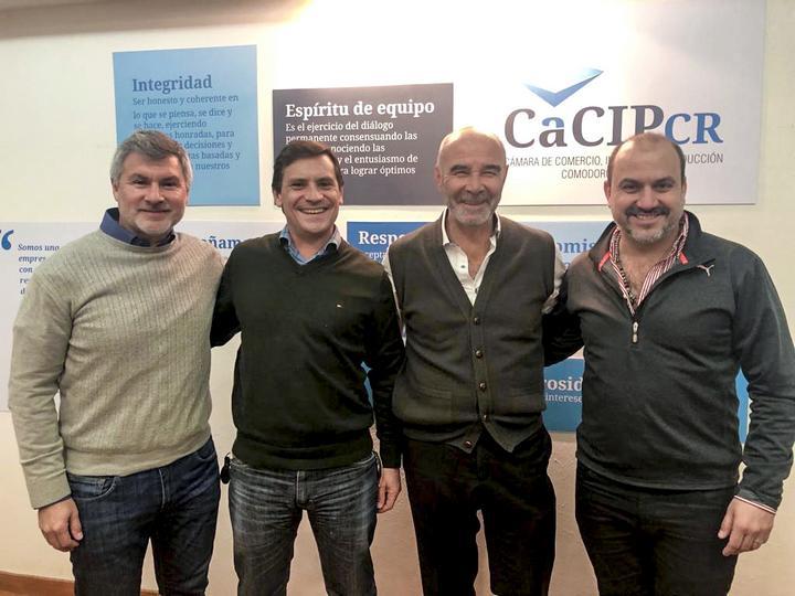 Renunión en la Cámara de Comercio de Comodoro Rivadavia